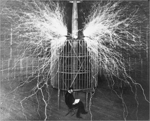 Cartoon Guide to Physics: A Scientist's Story 2 : Nikola Tesla