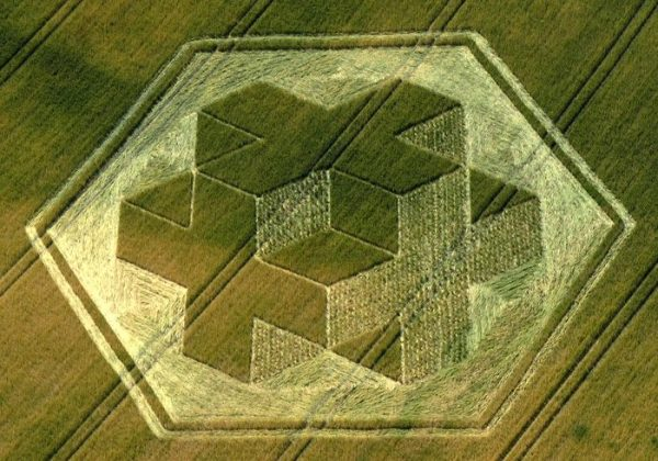 3D Rubik's Cube Crop Circle : Cley Hill 9th July 2010   Psychedelic ...