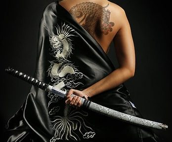 SWORD + KUNOICHI... photocredit/thanks:pinterest