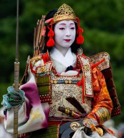 A NAGINATA WARRIOR WOMEN OF THE WAY. Photo Credit/Thanks: rebloggy.com