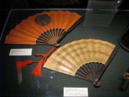 GUNSEN... THE WAR FAN OF JAPAN. photocredit/thanks:wikimedia