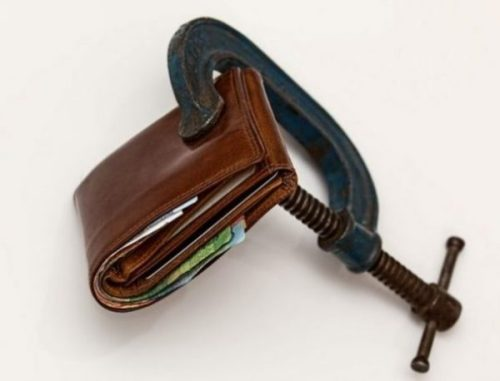 Featured Image Of A Wallet Clamped.