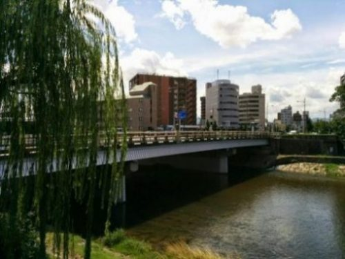 THE BRIDGE... THAT TWAS BENKEI's... FOR A LIL' WHILE IT SEEMS... TILL THAT WAS... FANNED AWAY... too. GOJO. THE LEGEND. THE BRIDGE. OF JAPAN. photocredit/thanks:tripadvisor