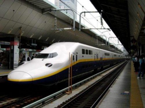 FROM TOKYO OR UENO... TO UTSUNOMIYA GO... photocredit/thanks:jprail