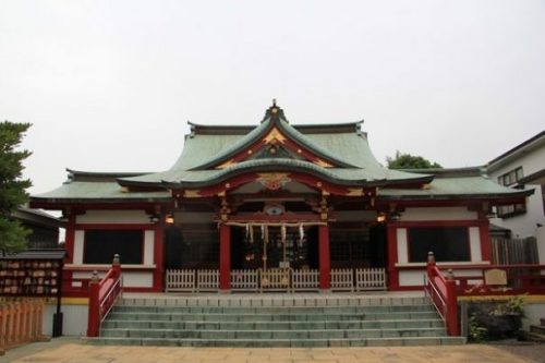 YOKOHAMA HOUSES SUCH AS USHIODA SHRINE... A LANDMARK AND HISTORIC SITE OF RELIGIOUS, COMMUNAL AND SPIRITUAL CONCEPTS.